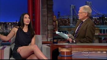 OLIVIA MUNN - *thigh show spectacular* - letterman - Dec 10, 2014 OMi3EiLe_t
