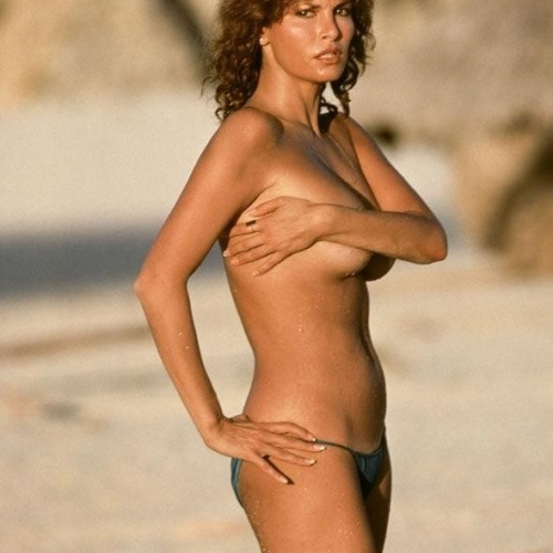 Naked pictures of raquel welch