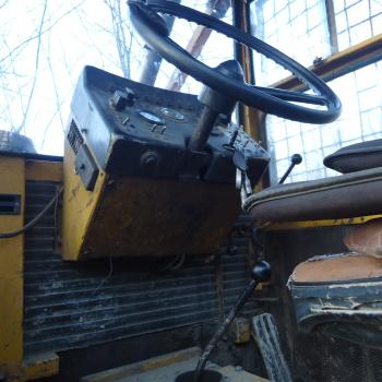 Traktor šumski LKT 81 T ZqiPIIIN_t