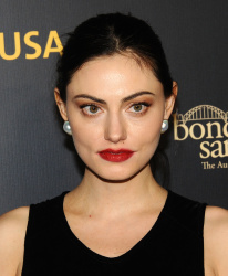 Phoebe Tonkin - 16th annual G'Day USA Los Angeles Gala 01/26/2019