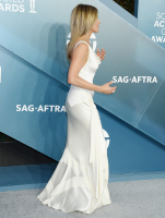 Jennifer Aniston SYaW1iXa_t