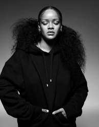 Rihanna    HbtITWHi_t
