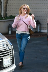 Reese Witherspoon - Arrives at Shutters on the Beach Hotel in Santa Monica 3/27/18