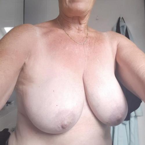 Nice sexy big tits