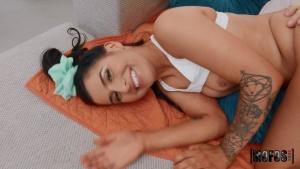 DontBreakMe 20 02 29 Kaitlyn Katsaros Newbie Takes Big Dick XXX 1080p MP4