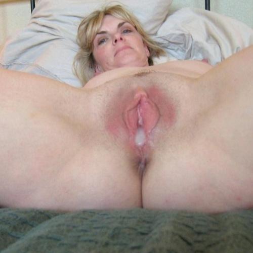 Amateur mature spanking