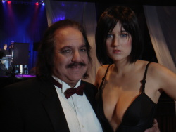 Leelee Sobieski and Ron Jeremy on the set of Finding Bliss - 2008