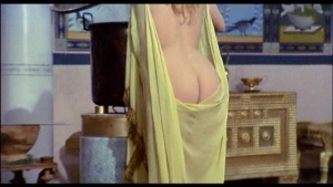 Patrizia Webley / Cha Landres / others / Le calde notti di Caligola / nude / (IT 1977) 31iy7WHP_t