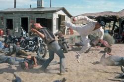 Гонки «Пушечное ядро» / The Cannonball Run (Берт Рейнолдс, Роджер Мур, Фарра Фосетт, Джеки Чан, 1981)  QpcDhXQO_t