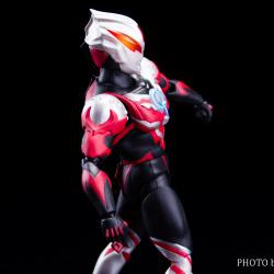 Ultraman (S.H. Figuarts / Bandai) - Page 6 X1SAIOJk_t
