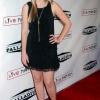 Aimee Teegarden 3j0s2NIX_t