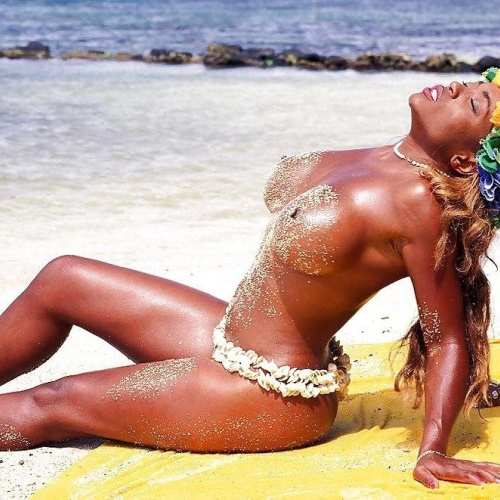Ebony nude on the beach