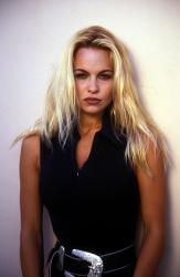 Памела Андерсон (Pamela Anderson) Barry King Photoshoot 1992 (4xHQ) EiqyRpk1_t