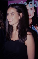 Demi Moore - cocktail party at the French Embassy to honor her as guest editor of Marie Claire Magazine 29.10.1999 x5 KEm9Y8co_t