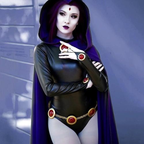 Raven cosplay porn