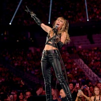Miley Cyrus performs at 2019 iHeartRadio Music Festival 9-21-19