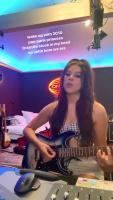 Kira Kosarin plays guitar and sings 7/5/2020