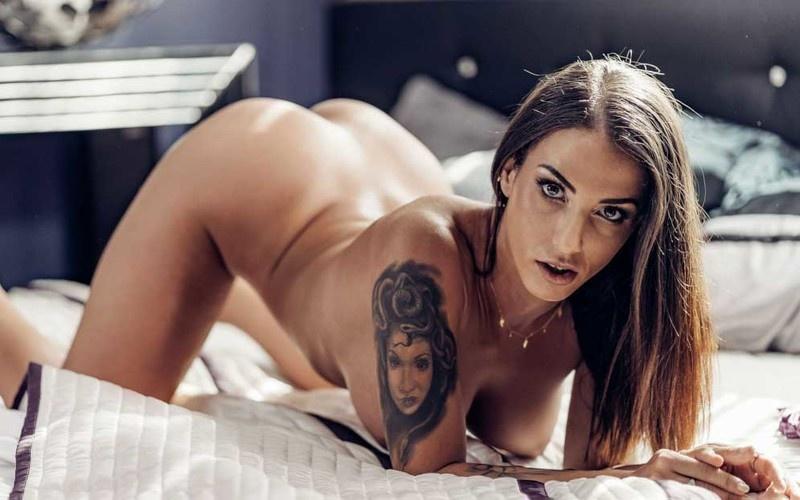 Medusa - Thicc Latina Caught Masturbating - Watch XXX Online [FullHD 1080P]