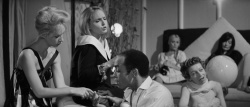 La dolce vita (1960) [Criterion Collection] .mkv FullHD 1080p HEVC x265 AC3 ITA