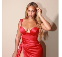Beyonce Knowles - Cleavy & Leggy 26/1/2020