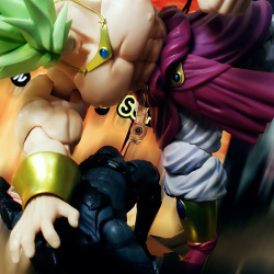Dragon Ball - S.H. Figuarts (Bandai) ViGAWDjN_t