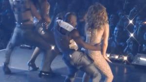 Jennifer Lopez Live Performance Twerk 2013 720P