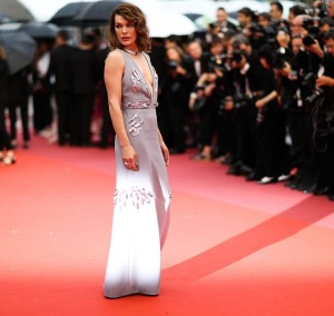 "Milla Jovovich - Premiere of South Korean Flick ""Burning"" (Beoning) At The 71st Cannes Film Festival (5/16/18)"