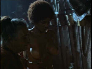 Pam Grier / Margaret Markov / others / The Arena / nude / topless / (US 1973)  4exiEv3x_t