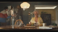 Gillian Anderson - Sex Education S1 (cleavage/pokies/leggy) 1080p NF WEB-DL (2019)