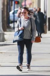 Jennifer Love Hewitt - Leaving a gym in Studio City 11/6/2018 nBXdMfjm_t