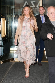 Chrissy Teigen leaving the Today Show in 6