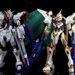 """Gundam : Code Geass - Metal Robot Side KMF """"The Robot Spirits"""" (Bandai) - Page 2 DTeuk0oO_t"""