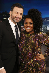 Yvette Nicole Brown - Jimmy Kimmel Live: December 13th 2017