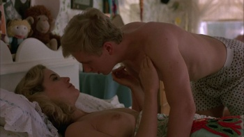 Kelly Preston / Mischief / nude / sex / (US 1985) G8gsKNip_t