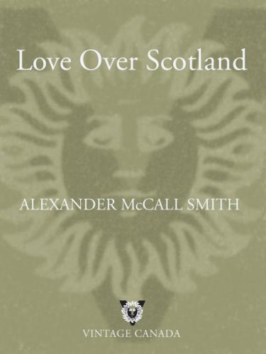 Alexander McCall Smith   [44 Scotland Street 03]   Love Over Scotland (v5)