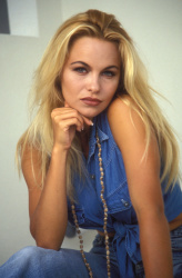 Памела Андерсон (Pamela Anderson) Barry King Photoshoot 1992 (31xHQ) QWF6K6Uk_t