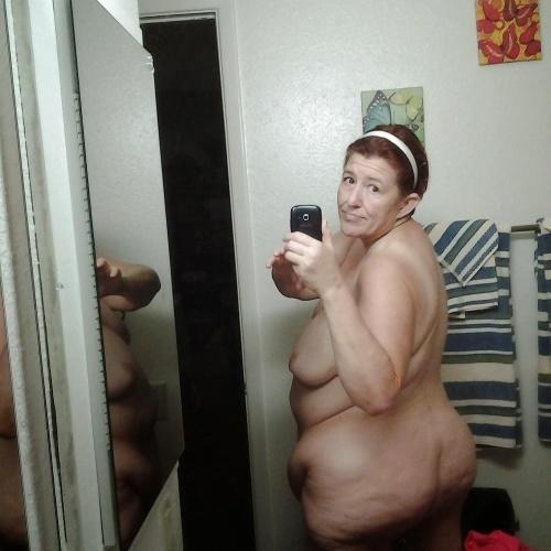 Fat granny nude