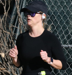 Reese Witherspoon - Jogging in Brentwood 01/26/2019