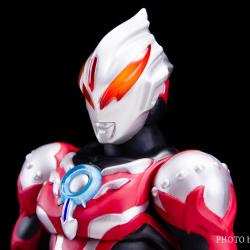 Ultraman (S.H. Figuarts / Bandai) - Page 6 N4sM644J_t