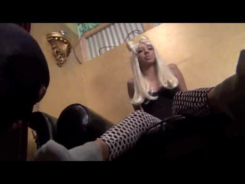 ASIAN MEAN GIRLS – FORCED FOOT WORSHIP Featuring Bratty Bowba