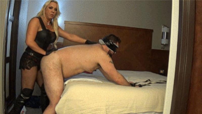 Goddess Samantha - Hotel Whore Reality Ass Plowing [HD 720P]