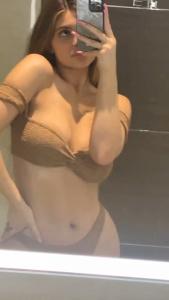 Kylie & Kendall Jenner, Kourtney & Khloe Kardashian - Bikinies 7/3/2020