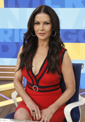 Catherine Zeta-Jones - Good Morning America: January 17th 2018