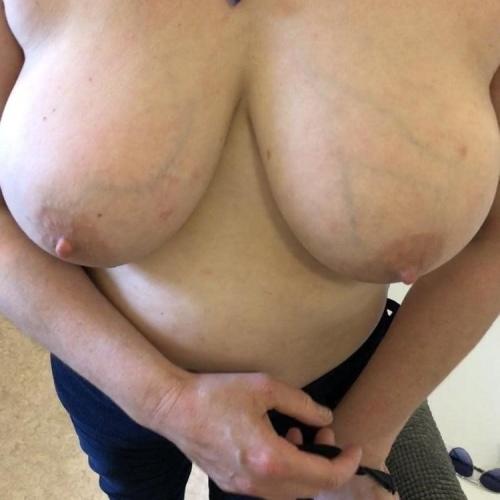 Big milf tits hd