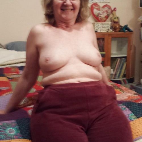 Skinny granny nude pics