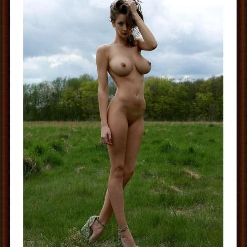 Big boob nude gallery