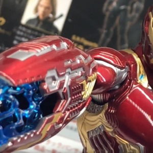 Iron Man (S.H.Figuarts) - Page 13 TWpTfUf8_t