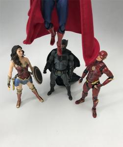 [Comentários] DC Comics S.H. Figuarts - Página 2 UFHRqLjG_t