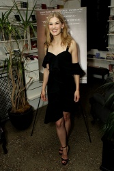 Rosamund Pike -             ''Hostiles'' Screening After Party New York City December 19th 2017.