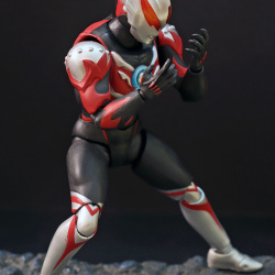 Ultraman (S.H. Figuarts / Bandai) - Page 6 JpYzayxO_t